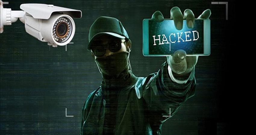 ngan-ngua-hacker-xem-moi-thu-ban-dang-xem-qua-camera-giam-sat-1